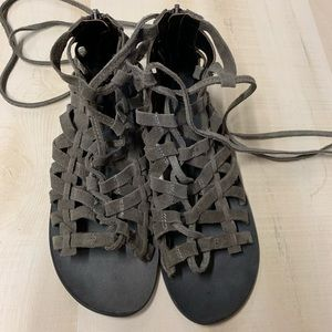 EUC Free People Woven Sandals Size 36/6